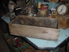 ANTIQUE WOOD SHABBY BOX VINTAGE PRIMITIVE 21 x 10 x 5