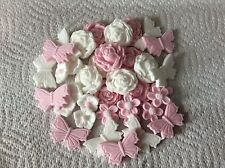 sugarpaste Roses flowers butterflies pink white cake toppers decorations