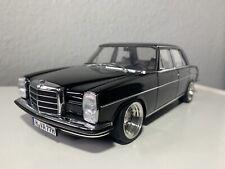 Autoart Mercedes-Benz 220D /8 W115 Limousine Reifenumbau 1:18