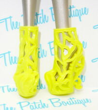 MONSTER HIGH FREAKY FUSION BONITA FEMUR DOLL REPLACEMENT YELLOW BONE SHOES ONLY