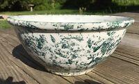 Vintage Green Spatter-Ware / Sponge-Ware Mixing Bowl Serving Bowl