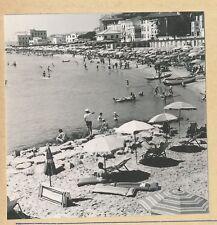 SAN REMO - 2 Photos Bord de Mer Plage Italie - Pl 1377