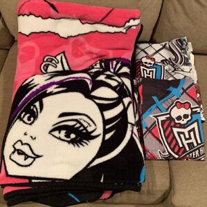 Monster High Fleece Throw Blanket Bedding Dolls 90x62, Flat Sheet & Pillow Case