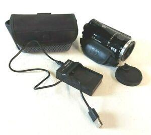HP Digital Camcorder V5060h High Definition 720p Includes Kastar Charger Battery