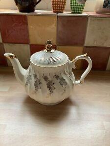 SADLER  TEA POT CREAM WITH GOLD FLORAL LEAF DESIGN Holds 2 3/4 Pints