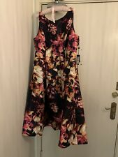 BNWT - Beautiful Adrianna Papell Dress In US Size 18 & Au Size 22