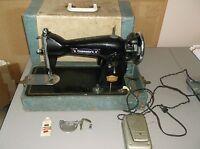 Vintage Commander De Luxe Precision Household Sewing Machine w/accessories