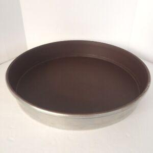 "Mirro Round 9"" Cake Pan Non-Stick Finish Brown Heavy Duty Aluminum USA"