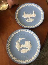 2 Wedgwood Christmas Plates Jasperware : 1969 Windsor Castle & 1974 Parliament