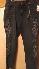 Bandolino Women's Lisbeth Curvy Skinny 5 Pocket Jean - Embroidered Sz 18  NEW