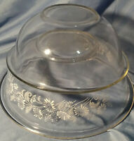 Vintage PYREX Set of 2 Clear Glass Nesting Mixing Bowls 323 & 325