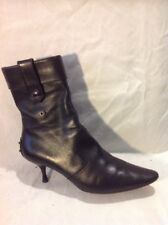 Genuine TOD'S Black Ankle Leather Boots Size 39