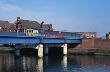 PHOTO  3-CAR 450-CLASS SET 2003 THIS MODERN BRIDGE WAS CONSTRUCTED FOR THE 1976