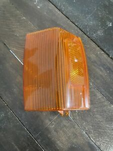 Rolls Royce Silver Spirit, Spur, Dawn Left Turn Signal Corner Lamp Plastic
