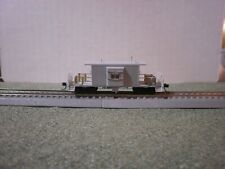 BLUFORD SHOPS N SCALE UNDECORATED SHORT BODY BAY WINDOW CABOOSE-NEW