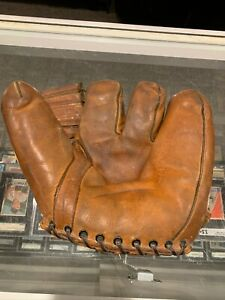 1940'S SPALDING SPLIT FINGER STAN MUSIAL ST LOUIS CARDINALS SOFT BASEBALL GLOVE