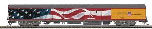 MTH 80-60090 HO UNION PACIFIC  STREAMLINED BAGGAGE CAR RD # 5769 ( FLAG )