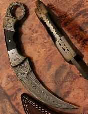 beautiful handmade damascus karambit hunting knife handle made of buffalo horn