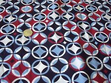 PEACHED SYMETRIC CIRCLES -WHITE/NAVY/WINE/BLUE- -DRESS FABRIC-FREE P&P(UK ONLY)