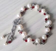 Freshwater pearl bracelets with semiprecious stone