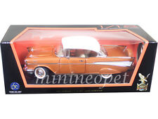ROAD SIGNATURE 92109 1957 CHEVROLET BEL AIR HARDTOP 1/18 ORANGE / WHITE TOP