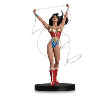 DC Designer Series - Wonder Woman Statue by Adam Hughes NEW DC Comics