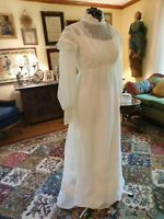 VINTAGE 1970'S IVORY SOFT ORGANZA & CHANTILLY LACE PRAIRE STYLE WDDING GOWN S 10