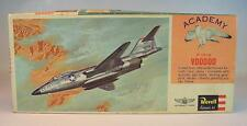 Revell 1/80 Bausatz Kit McDonnell F 101A VOODOO US Air Force OVP #2398