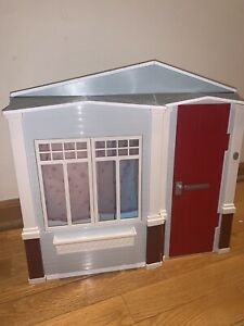 Mattel 2005 Barbie Totally Real Home Folding House w/Sounds will Add Accessories