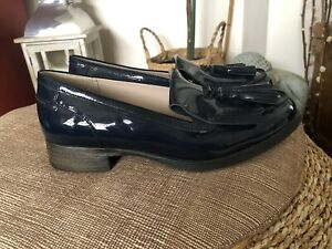 Clarks Navy Patent Busby Folly Tasseled Loafers Size 4.5D New
