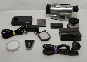 PANASONIC NV-DX100 CAMCORDER 3CCD MINI DV DIGITAL TAPE VIDEO CAMERA WITH EXTRAS