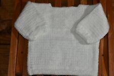 Jersey bebé. Hecho a mano realizado en lana. Color blanco. Talla 6-12 meses