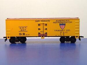 "HO Scale Box Car ""American Refrigerator Transit Co."" ART 247 Freight Train Car"