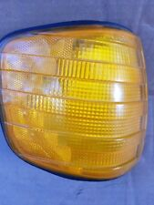 MERCEDES w126 RIGHT FRONT TURN LIGHT SIGNAL LAMP OEM SEC 380SE 500SEL 560SEL 6