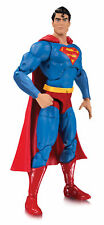 DC Collectibles-Essentials linea-SUPERMAN ACTION FIGURE