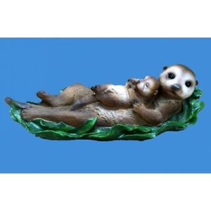 Sea Otter With Baby Figurine