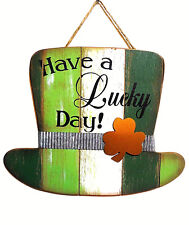 ST PATRICKS DAY TOP HAT WOOD  WALL HANGER DECORATION VERY NICE TOP HAT w/BUCKLE