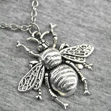 ANTIQUE SILVER BEE PENDANT NECKLACE