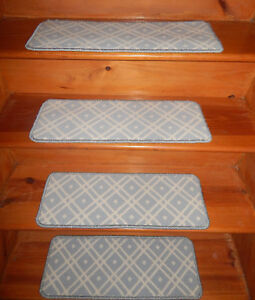 13 Step  9'' x 24'' + 1 Landing 24'' x 32'' Tufted carpet Wool Stair Treads .