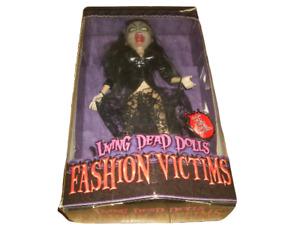 MEZCO LIVING DEAD DOLLS FASHION VICTIMS 2003 - SERIES 1 - LILITH - PLEASE READ
