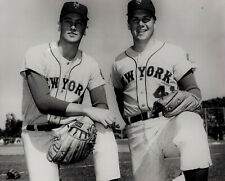 Nolan Ryan & Tom Seaver - 1969 New York Miracle Mets - 8x10 Photo - Hall of Fame