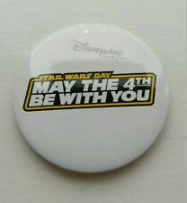 BUTTON BADGE DISNEYLAND PARIS DLP MAY THE 4TH BE WITH YOU STAR WARS DAY FORCE