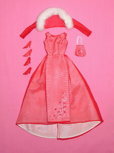 Mattel - Red Evening Gown Barbie Doll Outfit