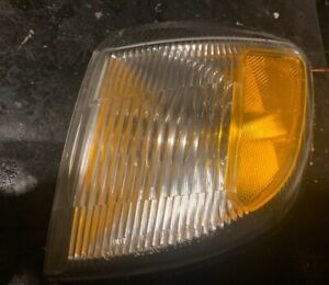 98-02 OEM Subaru Forester front Left L corner light lamp assembly ICHIKOH 3399 L