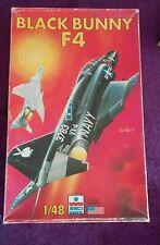 ESCI 1:48 F4 Phantom II Black Bunny Fighter-Bomber Model Kit #4092 *SEALED BAG*
