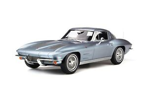 1/12 GT Spirit Chevrolet Corvette Sting Ray Coupe Silver Blue GT183
