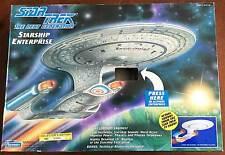 STAR TREK TNG USS ENTERPRISE-D • ELECTRONICS WORK • MIB • VINTAGE PLAYMATES