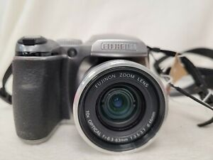 Fujifilm Finepix S Series S5700 7.1mp 10x Optical Zoom  Camera & Lens Cover #565