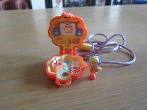 VINTAGE 1991 POLLY POCKET POLLY IN HER MUSIC ROOM LOCKET 100% COMPLETE