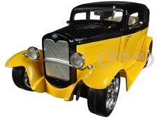 1931 FORD MODEL A SEDAN YELLOW/BLACK 1:18 DIECAST MODEL BY ROAD SIGNATURE 92848